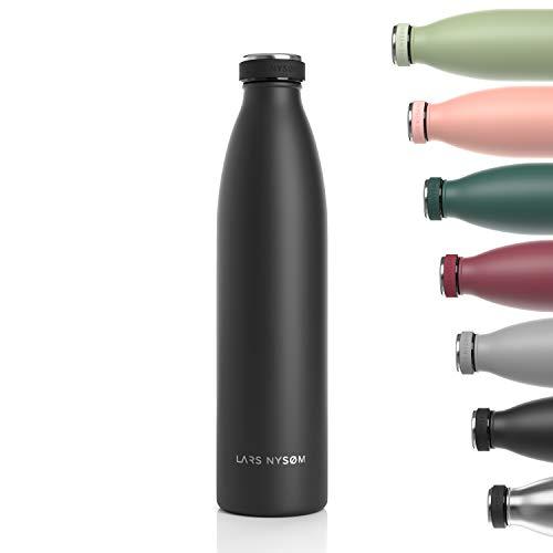 LARS NYSØM Edelstahl 1 Liter Trinkflasche | BPA-freie Isolierflasche 1000ml | Auslaufsichere Wasserflasche für Sport, Fahrrad, Hund, Baby, Kinder (Onyx Black)