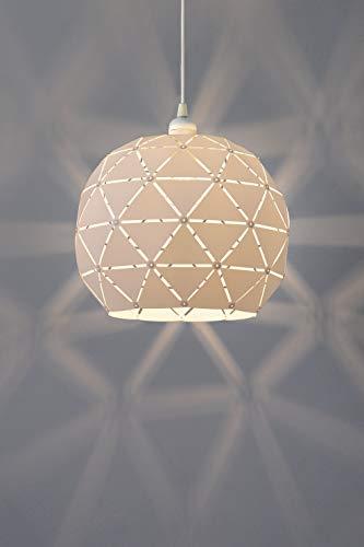 Mia es una pantalla de lámpara con ranuras individuales para crear sombras muy agradables en el techo y las paredes, ideal como lámpara de habitación infantil.