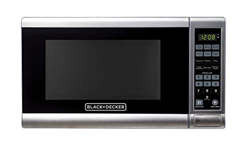 Black+Decker EM720CPY-PM 0.7 Cu. Ft. Digital Microwave, Stainless Steel