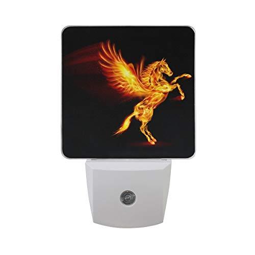 AOTISO Fire Pegasus Gold Glowing Steigerend paard op zwart Auto Sensor Nachtlampje Plug in Indoor
