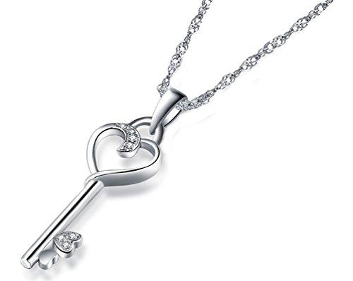Anhänger in Form eines Schlüssels auf einer Halskette in Sterlingsilber, mit Zirkonia