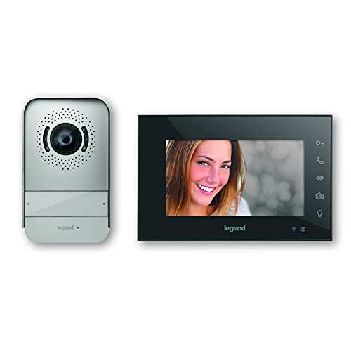 Videoportero conectado Easy kit de Legrand 369430, solución inteligente Wifi con interfono exterior de visión nocturna y gran angular, monitor de vídeo interior con pantalla 7' a color, acabado negro