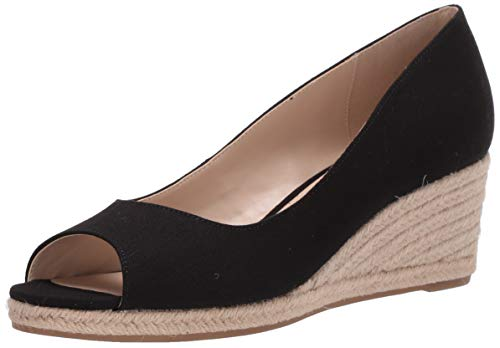 Bandolino Footwear Women's Wedge Sandal, Black, 8.5