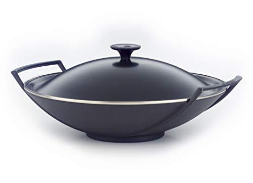 Le Creuset, Wok en Fonte Émaillée, Rond, Ø 36 cm, Compatible avec Toutes Sources de Chaleur (Induction Incluse), 5.449 kg, Noir