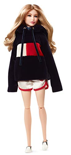 Barbie Muñeca Fashion Tommy Hilfiger,, 30 cm (Mattel FPV63)