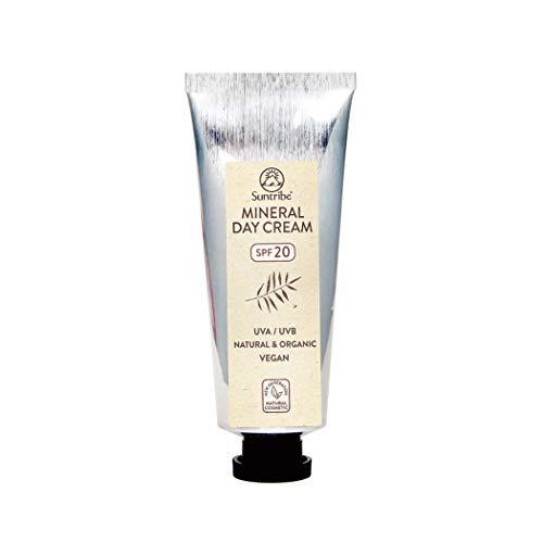 Crema da Giorno Minerale Suntribe - FPS 20 - Biologica & Vegana - Con Mandorla e Jojoba - Filtro UV Minerale (Ossido de Zinco) - Tutto Naturale - 9 Ingredienti - Pelle Normale/Sensibile/Secca (40ml)