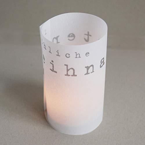 10 transparente Design-Weihnachtskarten mit weißen, haftklebenden Recycling-Umschlägen DL und silbernem Papier zum Bedrucken. Rollen + Zusammenstecken = stimmungsvoller Schutz für ein Teelicht