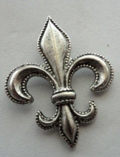 Large Fleur de Lis Push Pins, 15 Piece Set, Silver - T137AS