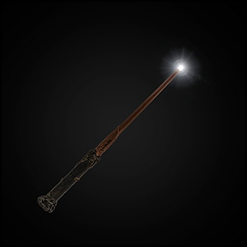 The-Noble-Collection-Harry-Potter-Wand-with-Illuminating-Tip