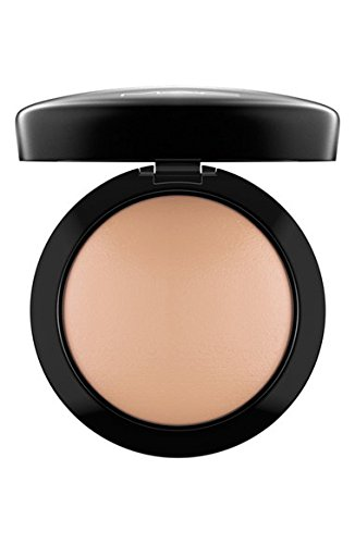 Mineralize Skinfinish Natural – Medium Dark by Mac