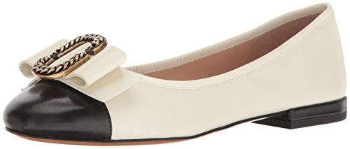 Marc Jacobs Women's Interlock Round Toe Ballerina Ballet Flat, Ivory/Black, 38 EU/8 M US