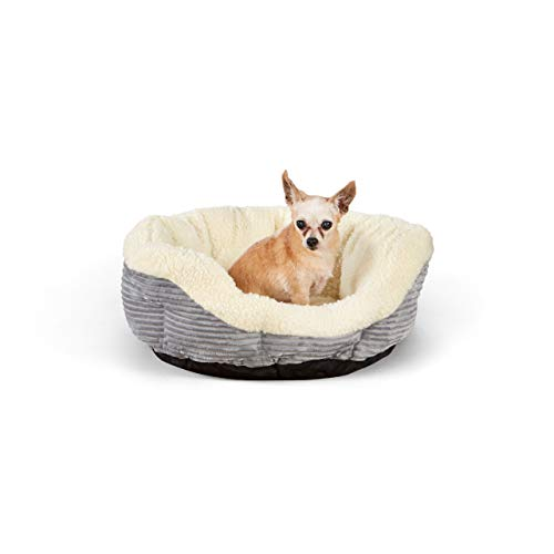 AmazonBasics Round Self Warming Pet Bed For Cat or Dog - 22 x 8 Inches