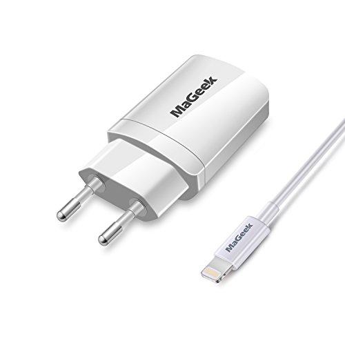 MaGeek 12W / 2.4A Dos Puertos USB Cargador de Pared con tecnología UniCharge + 1.0m MFi Cable de relámpago Certificado para iPhone, iPad y más (Blanco)