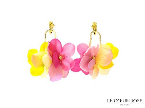 造花のお花が揺れるネジバネ式イヤリング 浴衣 夏 ブルー