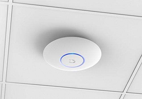Ubiquiti Networks Indoor 2.4/5GHz 867Mbit 183m 24V passive PoE, UAP-AC-LR (24V passive PoE 175.7 x 43.2 mm Indoor)
