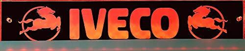 Schilderfeuerwehr Leuchtschild mit IVECO-Logo, 30x6 cm ✓ Ideale Geschenkidee ✓ Lasergraviert | Edles LED-Schild als Truck-Accessoire | Beleuchtetes Scania Logo-Schild für den 12/24Volt-Anschluss |