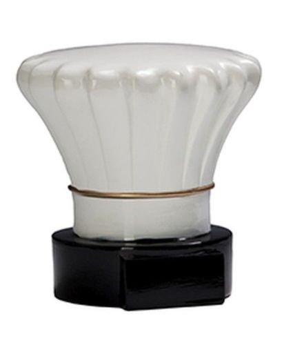 Koch-Trophäe (Kochmütze) mit Wunschgravur und 3 Anstecknadeln (Sticker)