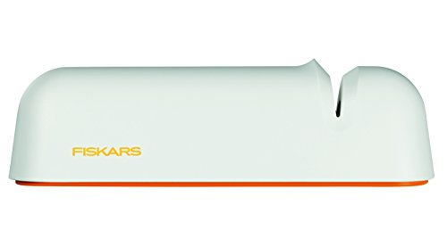 Fiskars Messerschärfer für glatte Messerklingen aus Stahl, Keramikschleifstein, Functional Form, Roll-Sharp, Weiß/Orange, 1014214