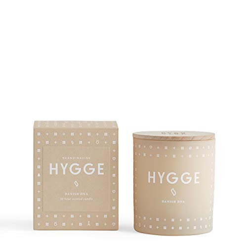 Skandinavisk Hygge (Cosiness) Scented Candle With Engraved Beechwood Lid 190g