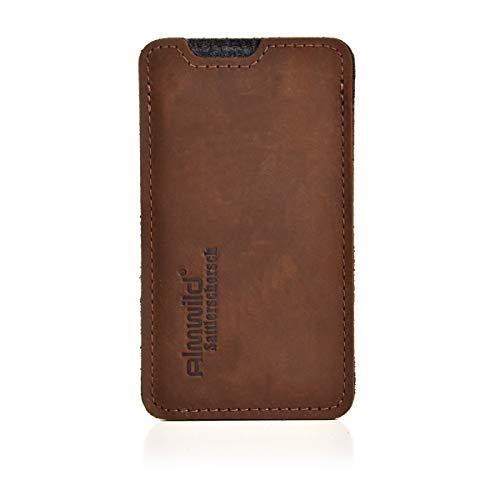 Almwild Hülle, Tasche für Apple iPhone SE (2020), iPhone 8 aus echtem Rinds- Leder. In Braun. Handyhülle in Bayern handgefertigt. Modell Sattlerschorsch