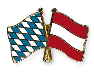 Yantec Freundschaftspin Bayern - Österreich Pin Anstecknadel Doppelflaggenpin