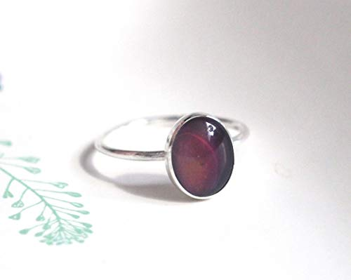 Small Oval Mood Ring in Sterling Silver