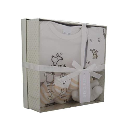 Coffret cadeau nouveau-né avec bosse, bavoir, jouet, chaussettes dans une boîte cadeau 0 à 3 mois