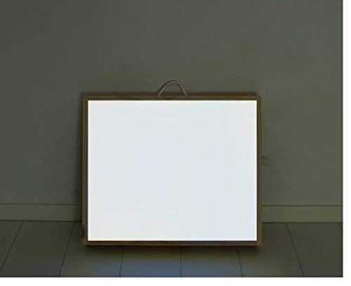 caja de luz Montessori RGBW 40x50cm