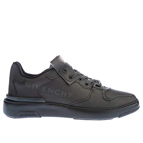Givenchy Wing Trainer in Black