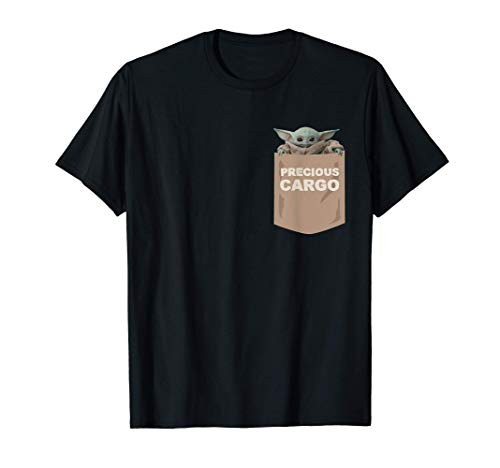 Star Wars The Mandalorian The Child Precious Cargo Pocket Camiseta