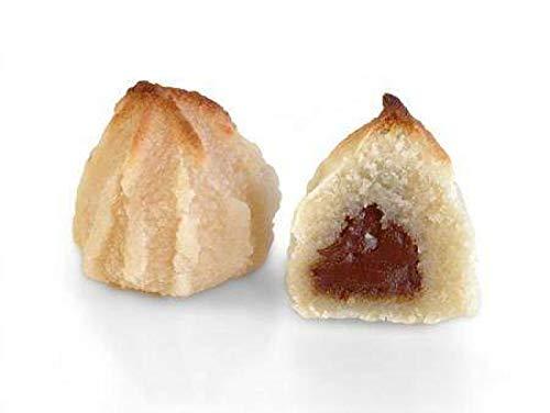 Mazapán relleno de chocolate en formato de 1kg. En Jijona, la cuna del turrón y el mazapán, los llamamos Suspiros de Mazapán. La receta es de nuestra propia familia.