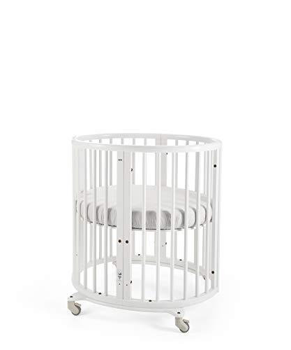 STOKKE® Sleepi™ Mini – Mitwachsendes Bett für Kinder aus massivem Holz – Gitterbett in ovaler Form zum Wohlfühlen – Inkl. Matratze – Farbe: White