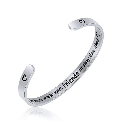 Jeracol - Braccialetto dell'amicizia con scritta 'Friends are Always Close at Heart', in acciaio inox, regalo di laurea, per migliore amica, sorella, ragazza