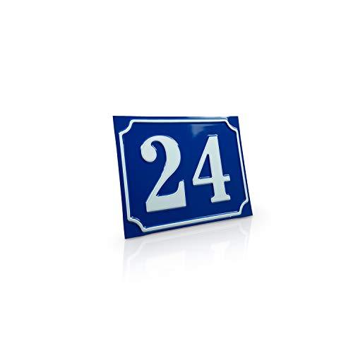Betriebsausstattung24® Hausnummernschild Hausnummer | Mit Wunschtext Prägung | Aluminiumschild mit Antiqua-Rand | Größe: (15,0 x 12,0 cm, Blau mit weißer Schrift)