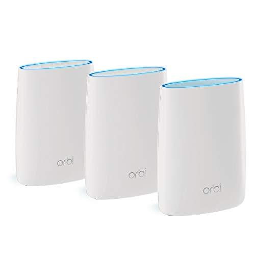 Netgear Orbi RBK53S Unità Wi-Fi Mesh Potente, Pacchetto da 3 con Antivirus, Velocità AC3000 Triband, Copertura fino a 525 m²