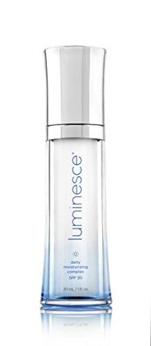 Jeunesse - Luminesca - Serum Luminesca Anti-Falten Gesichtsbehandlung - integriert mit über 240 Wachstumsfaktoren - Verjüngt und regeneriert die Haut - 3 Flaschen à 15 ml - Rabatt 10 %