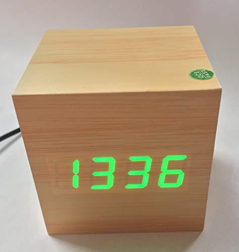 Xagoo - Reloj Despertador Digital LED de Madera, Pantalla de Fecha de Hora y Temperatura, activación por Voz y táctil (luz Blanca de bambú), Madera, 6,35 x 6,35 x 6,35 cm