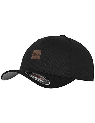Urban Classics TB1029 Unisex Baseball Leatherpatch Flexfit Cap Schwarz (Black 7), One size (Herstellergröße: L/XL)