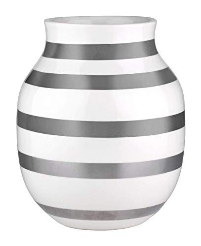 Hak Kähler Omaggio Vase aus Porzellan mit Streifen, Moderne Vase, rund, bauchige, skandinavisches Design Vase für Blumen, Silber, 20cm