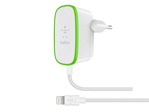 Belkin F8J204vf06-WHT - Cargador doméstico de 2,4 A con Cable Lightning Integrado para iPhone y iPad, 1,8 m, Blanco