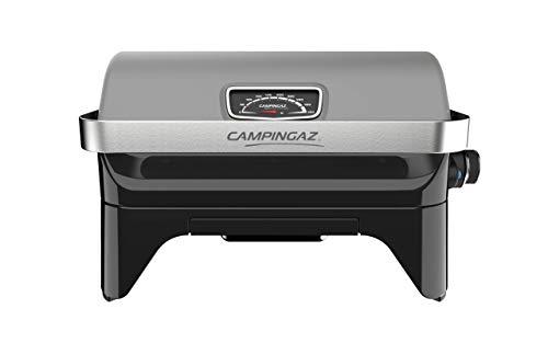 Campingaz Attitude2go, Barbecue da Tavolo a Basso Fumo, Portatile, con Coperchio, termometro, griglia in ghisa, Alimentazione: bombola di Gas R907, Grigio