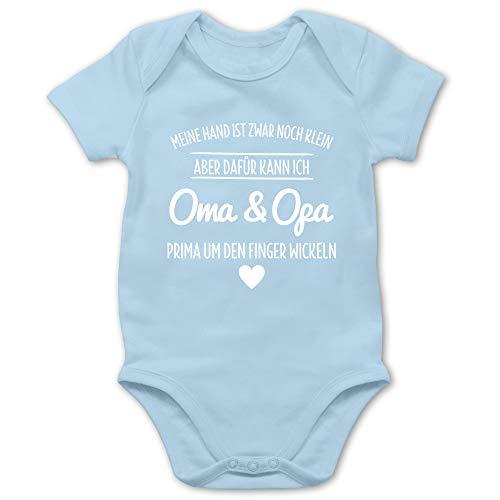 Shirtracer Statement Sprüche Baby - Oma und Opa um den Finger Wickeln - 3/6 Monate - Babyblau - Baby Body Opa - BZ10 - Baby Body Kurzarm für Jungen und Mädchen