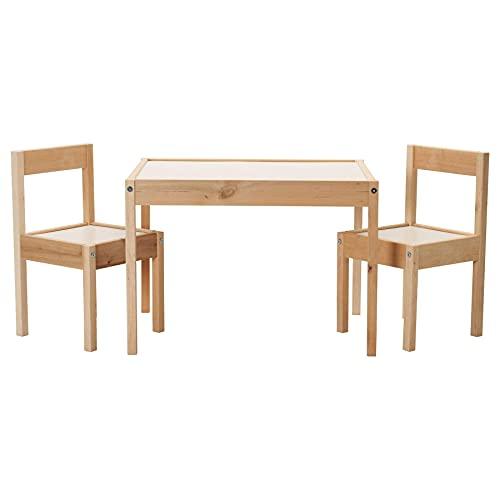 IKEA Mesa infantil LATT con 2 sillas, color blanco/pino, sus pequeñas dimensiones la hacen especialmente adecuada para habitaciones pequeñas o espacios.