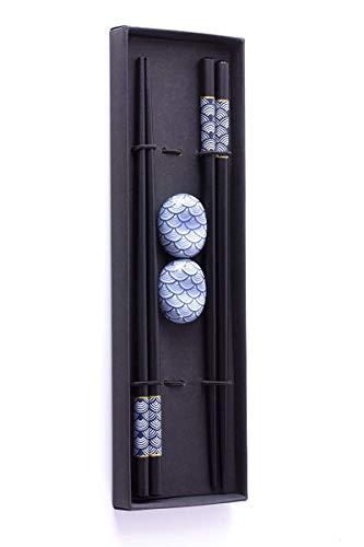 Sushi Geschenke-Set Essstäbchen Premium Holz 2 Paar inklusive Keramik-Unterleger Asiatisch Japanisch Chinesisch Koreanisch Edel mit schwarzer Schatulle