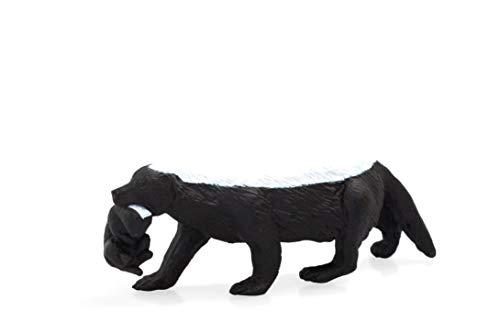 MOJO Honey Badger female with cub Wildlife Animal Model Toy Figure