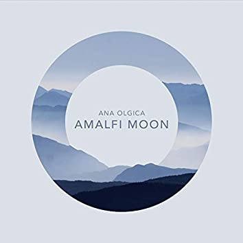 Amalfi Moon