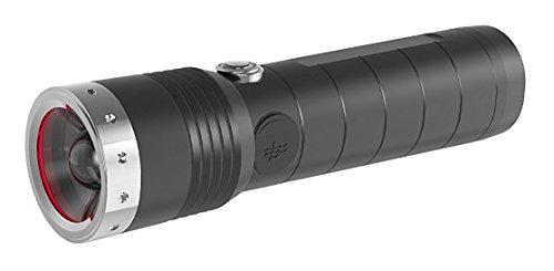 Ledlenser MT14, LED Taschenlampe, wiederaufladbar, fokussierbar, mit Akku, 1000 Lumen im Boost Mode, 320 Meter Leuchtweite, 192 Stunden Leuchtdauer, 1 Stk.