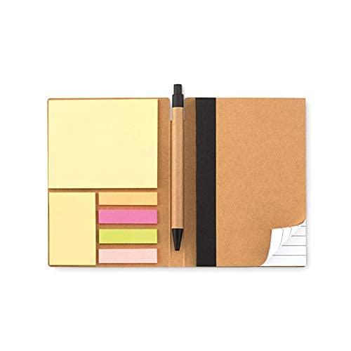 Cuaderno de papel reciclado con bolígrafo que incluye cuaderno de 70 hojas rayadas + post-it y marcadores de página adhesivos de colores. Cierre de 10x15 cm con elástico
