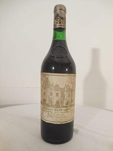pessac-léognan château haut-brion cru classé rouge 1974 - bordeaux france: une bouteille...