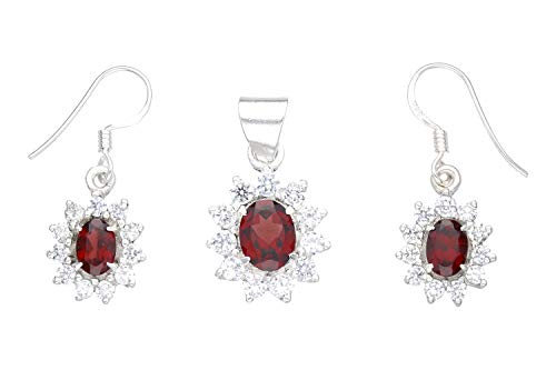 Pendant and earrings with faceted garnet oval and 11 cubic zirconias in 925 silver.